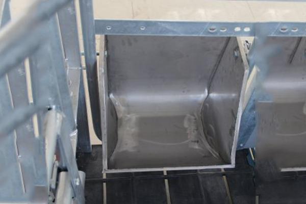 不锈钢方形无死角料槽